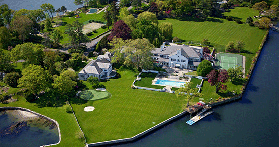 The Trump mansion struggling to sell